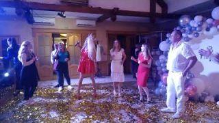 Шоу пародий Димы Черникова- Оля Полякова- Белый танец   День рождения  Гостиный двор в Шполе