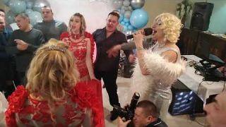 Пародист и двойник Монро Дима Черников | Шоу программа | День рождения | Конотоп | Театр пародий